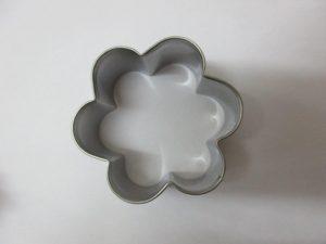 חותכן עוגיות פרח 5 אתר
