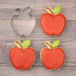 הדגמה של חותכן עוגיות תפוח