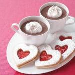 חותכן עוגיות לב שני גדלים